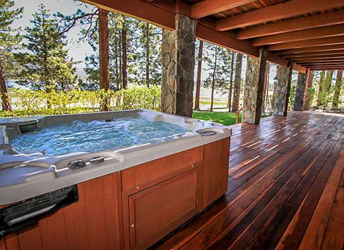 Home luxury rentals big bear for Big bear cabins with jacuzzi tubs